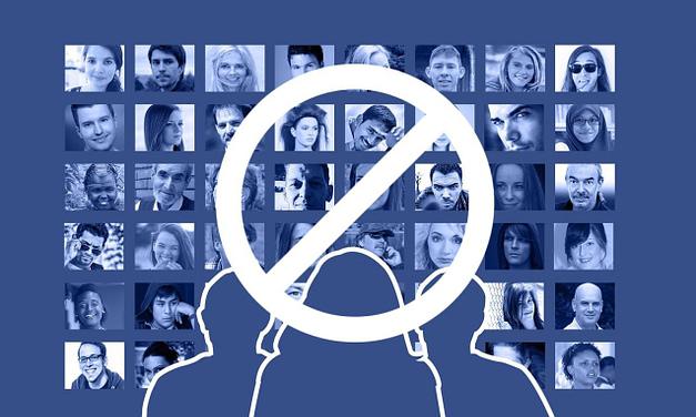 Cómo Borrar un Grupo de Facebook Siendo Administrador
